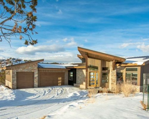 599 N Red Mountain Court